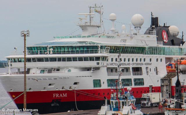Vindo de Portugal, navio M/S Fram encerra cruzeiro em Manaus