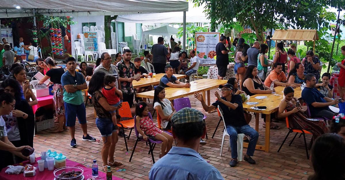 Domingo tem Feira da FAS com mais de 100 expositores e atrações culturais