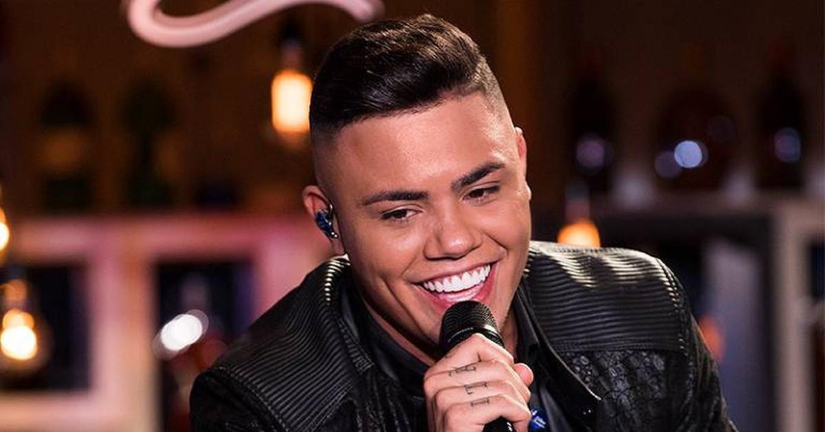 Felipe Araújo apresenta seu novo single em Manaus na véspera de feriado