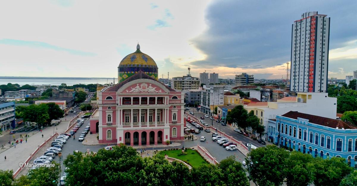 Concertos, músicas e peças na agenda de outubro do Teatro Amazonas