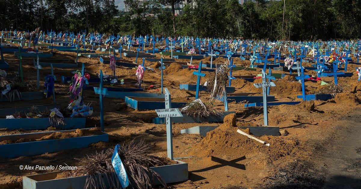 Covid-19 mantém cemitérios fechados no dia 2/11