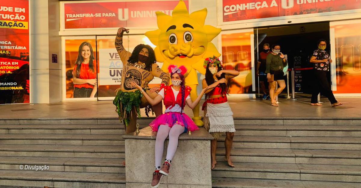 Manaus Plaza Shopping recebe personagens infantis para interagir com as crianças