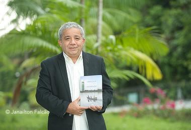 Interiorização da universidade pública no AM é tema de livro que será lançado no dia 29