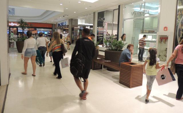 Black Friday do Shopping Ponta Negra oferece produtos com até 70%