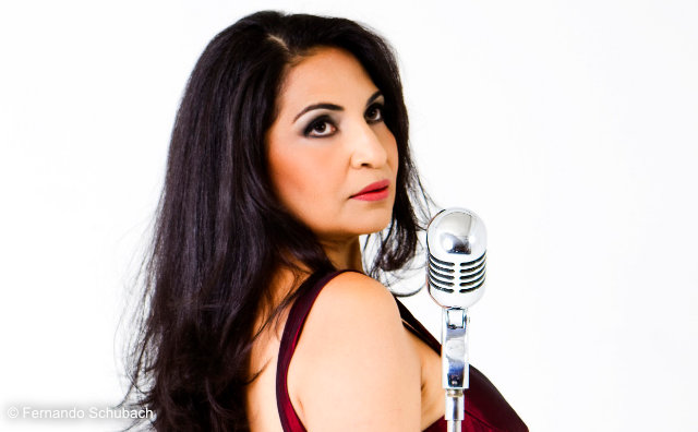 Eliana Printes lança CD no Teatro Amazonas