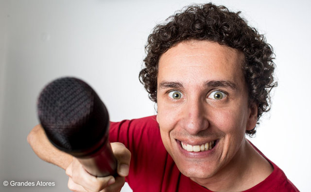 Humorista Rafael Portugal faz show gratuito no Millennium Shopping