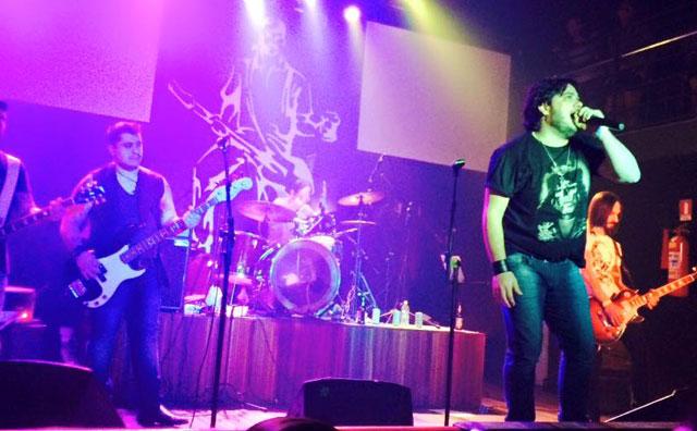 Rock hits agitam últimas noites de 2016 no Porão