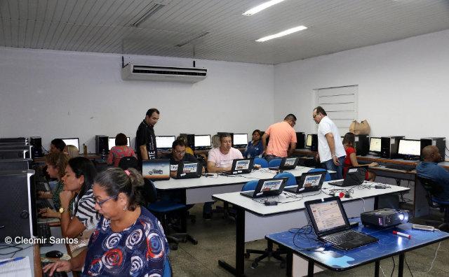 Gestores da rede municipal recebem formação para uso de ferramentas