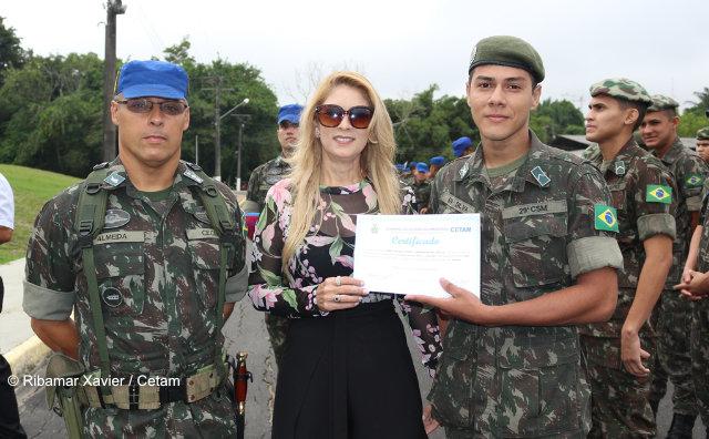 Cetam e Exército certificam 64 alunos do projeto Soldado Cidadão