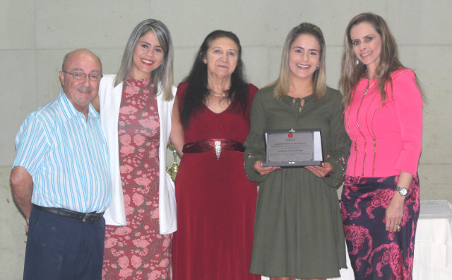 Sinepe/AM premia melhores do ano e empossa diretoria