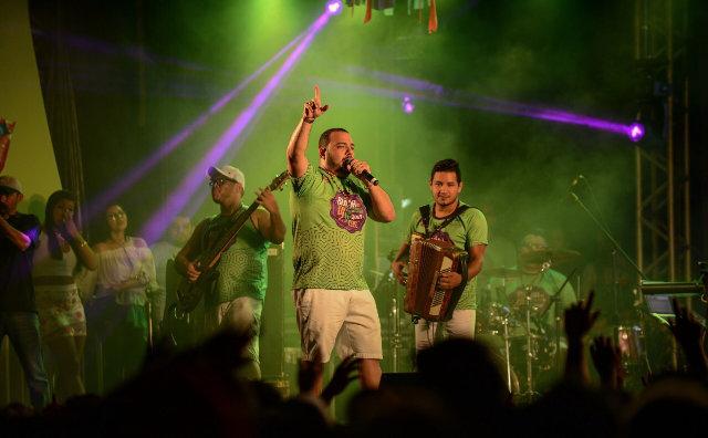 Banda do DJ Evandro Jr completa 18 anos e será realizada no Sambódromo