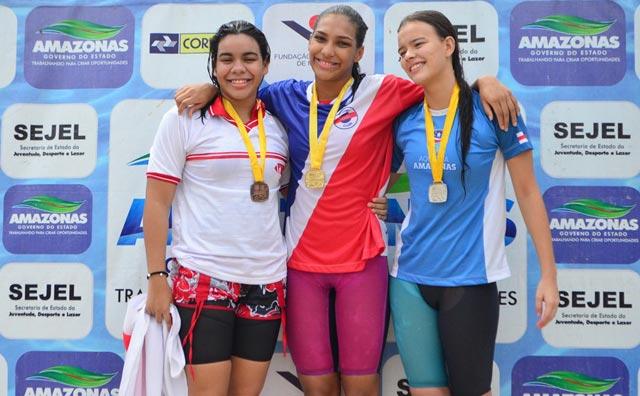 Com três ouros, Luis Marillac se destaca no fim de semana da natação