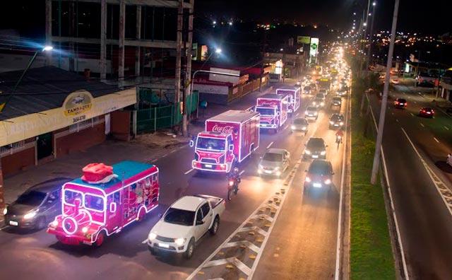 Caravana de Natal da Coca-Cola pronta para desfilar em Manaus