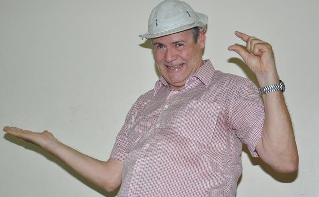 Zé Lezim volta a se apresentar no Teatro Manauara